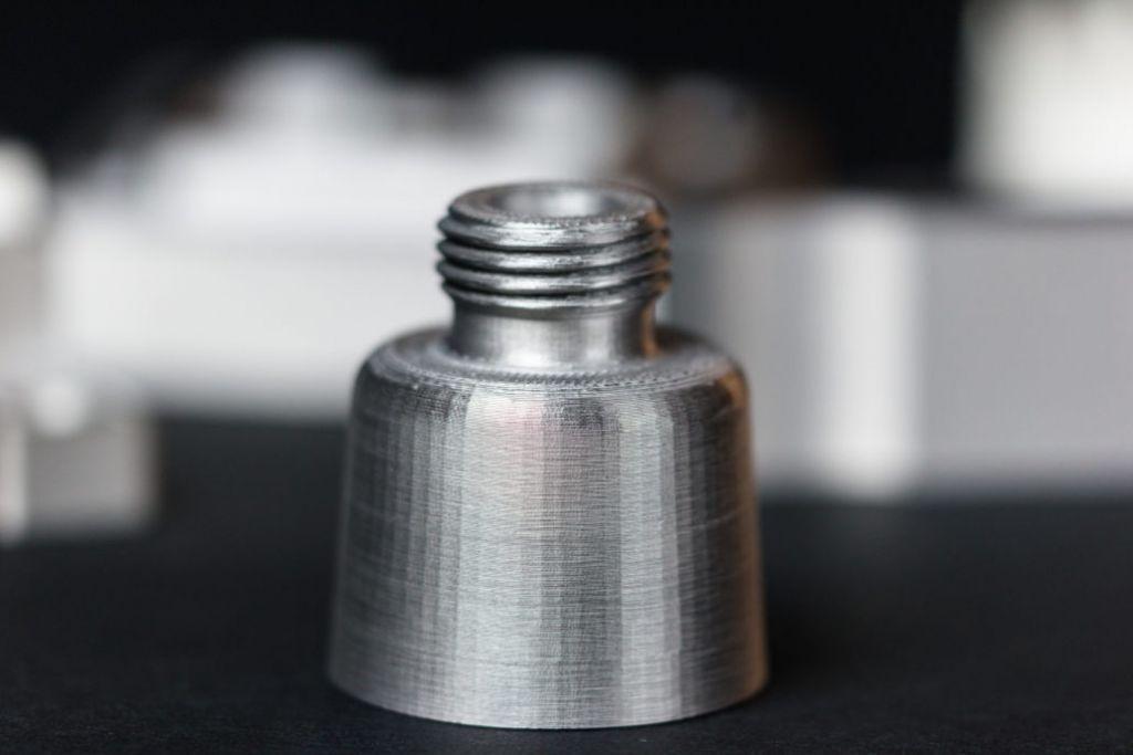 composants-metalliques-imprimantes-3D-4-1030x687